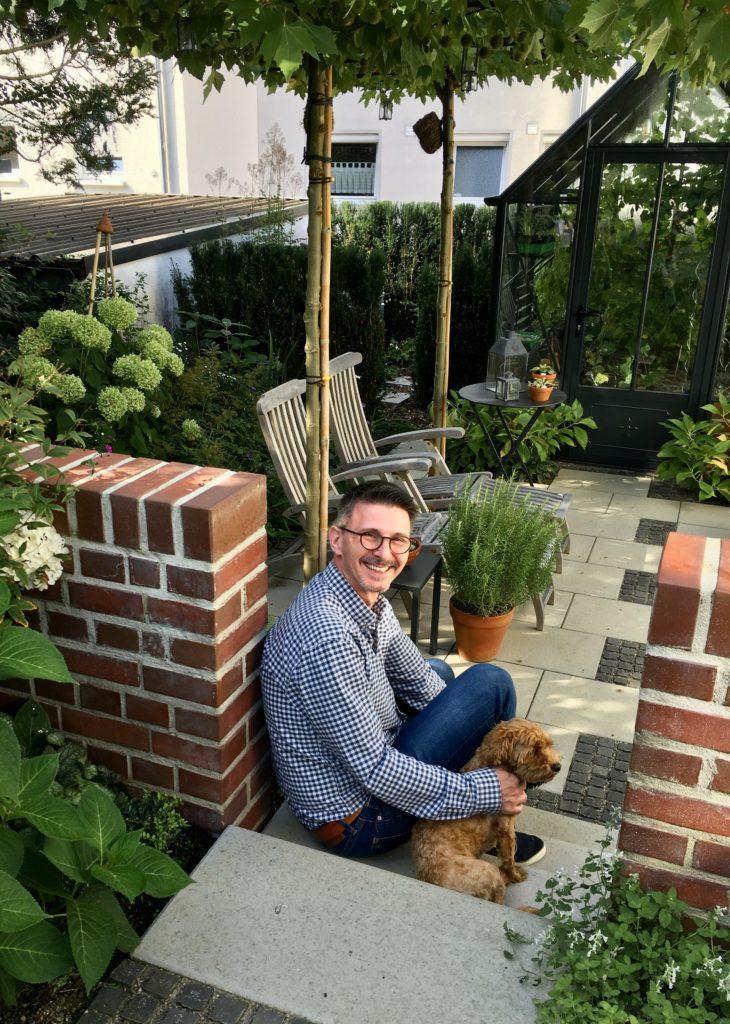Sven Garten mit Karla 2